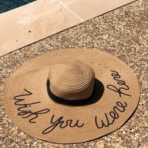 Floppy Beach Hat EUC Leave a Message